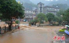 广西金秀紧急营救17名失联探险者