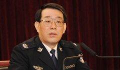 杨焕宁:前局长杨栋梁滥用权力,破坏党的团结